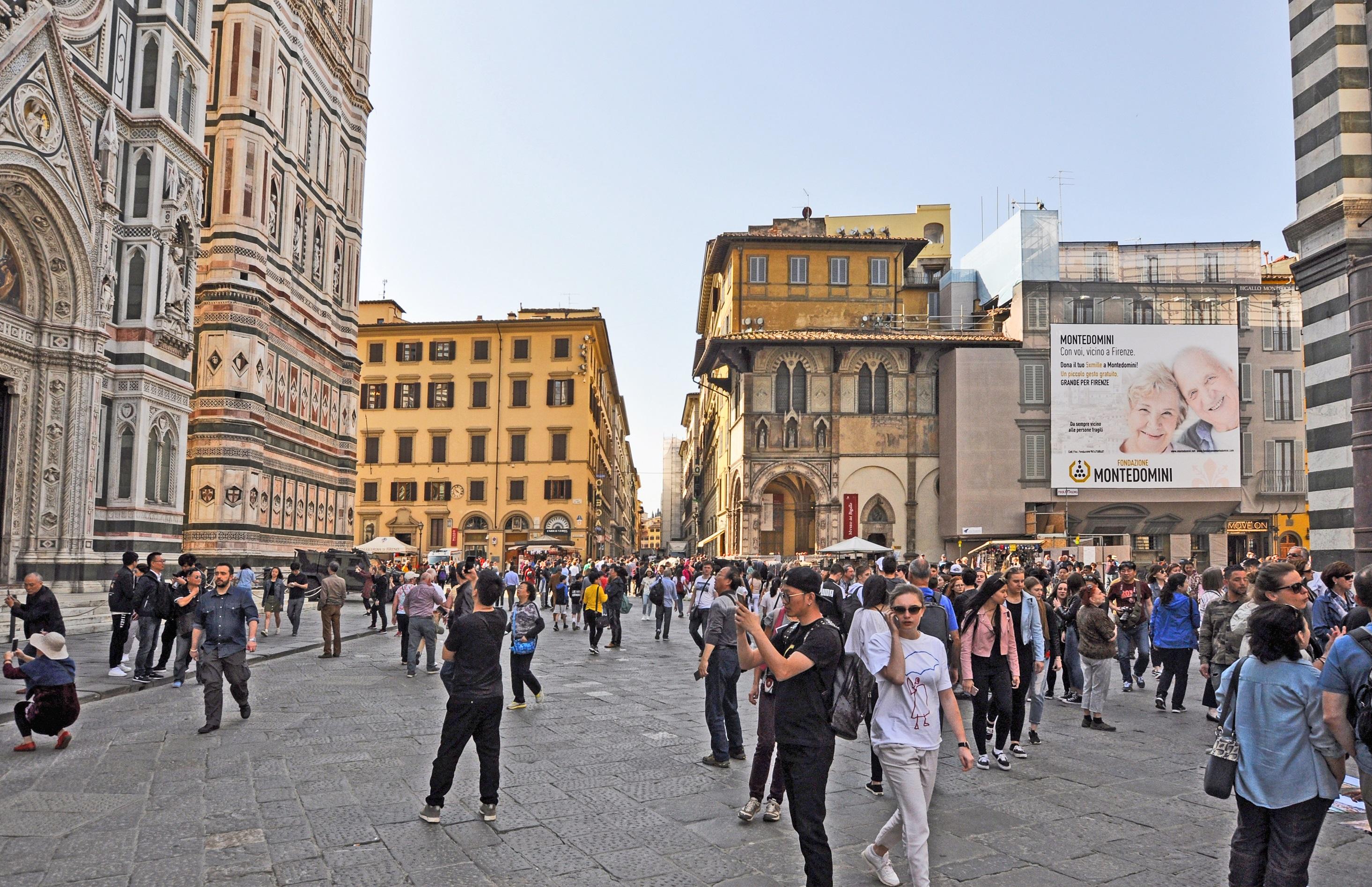 FI – Piazza del Duomo (1) – MONTEDOMINI